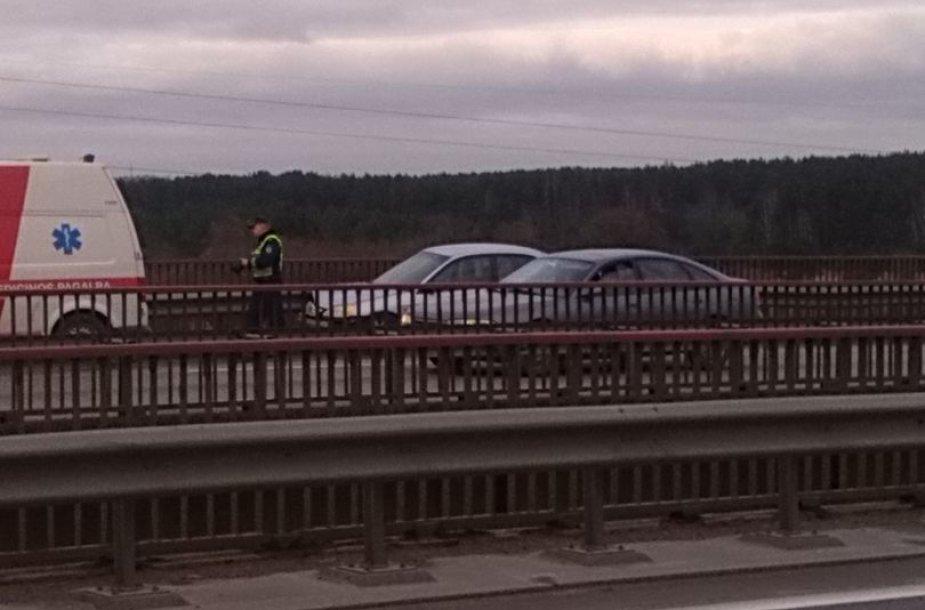 Avarija Kaune ant A.Miškinio tilto