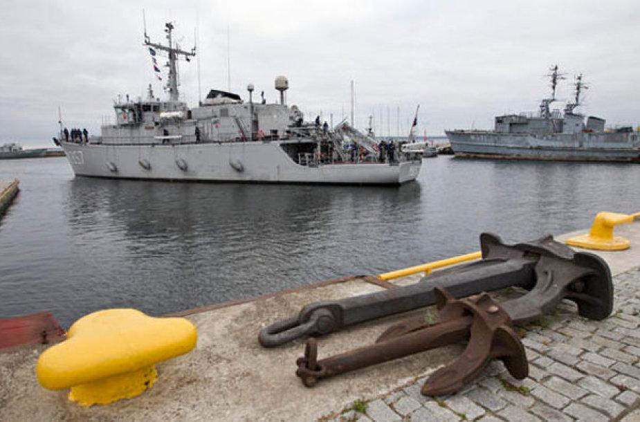 Minų paieškos laivai Talino uoste