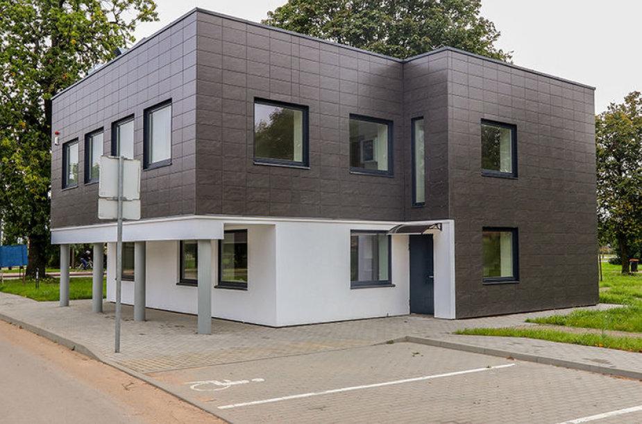 Kada visuomenei duris atvers už ES lėšas atnaujinti Jaunimo namai Vytauto gatvėje, vis dar neaišku