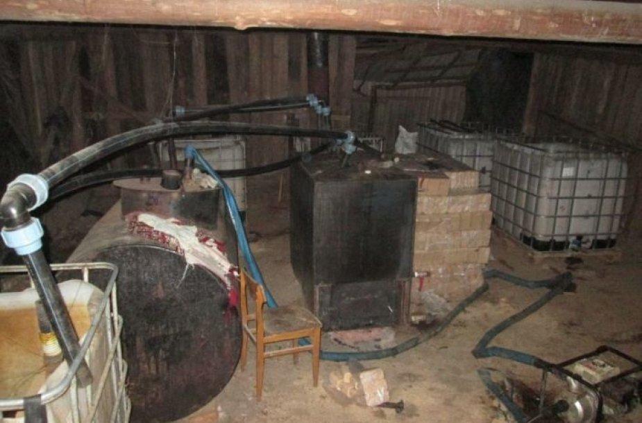 Naminės degtinės bravoras Plungės rajone