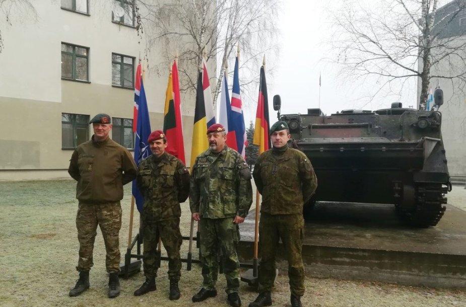 Lietuvoje tarnaujančius čekų karius aplankė Čekijos kariuomenės vadas