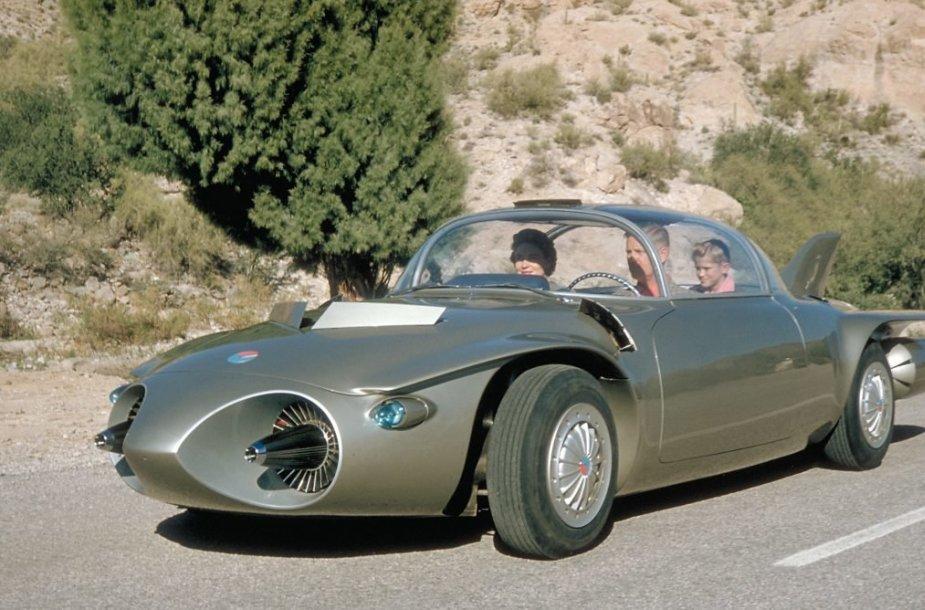 Gražus Firebird II kėbulas buvo pagamintas iš titano. (General Motors nuotrauka)