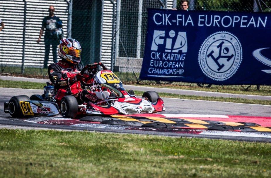 Europos čempionato lenktynėse F.Alonso trasoje Justas Jonušis pateko tarp finalininkų