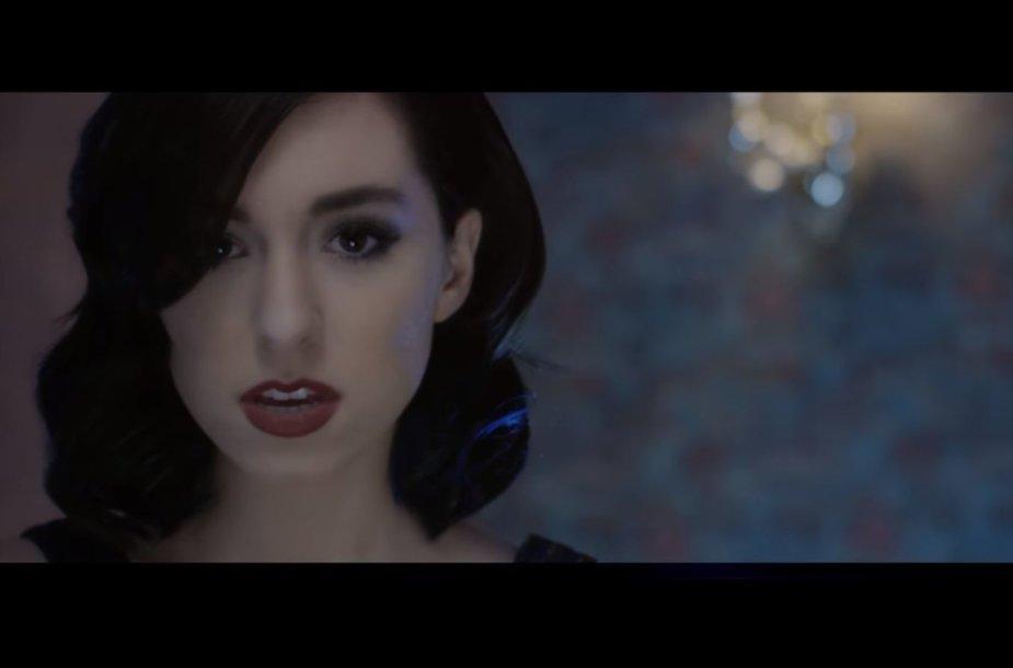 """Christina Grimmie vaizdo klipe """"Snow White"""""""