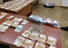 Lietuvis per sieną bandė pervežti daugiau nei 94 tūkst. eurų