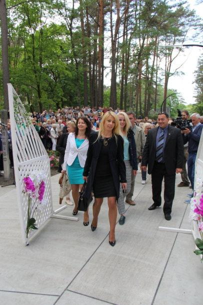 Druskininkuose iškilmingai atidarytas istorinis K. Dineikos parkas jau laukia lankytojų