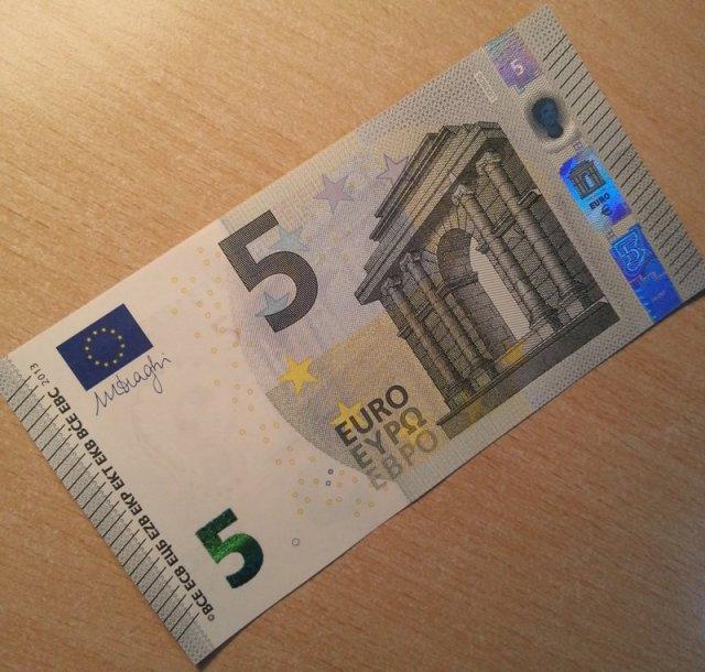 Penki eurai – baltarusio kyšis, uždirbęs baudą