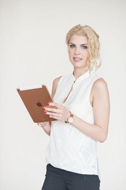 Interjero dizainerė Vaida Žemaitytė ir jos sukurta svetainė