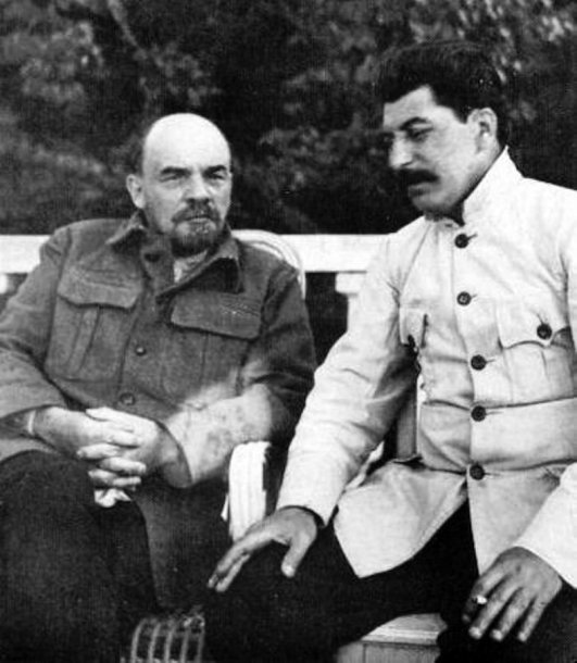 Vladimiras Leninas ir Josifas Stalinas (1922 m.)
