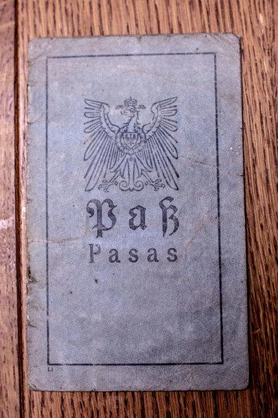 I pasaulinio karo vokiškas pasas vokiečių ir lietuvių kalbomis