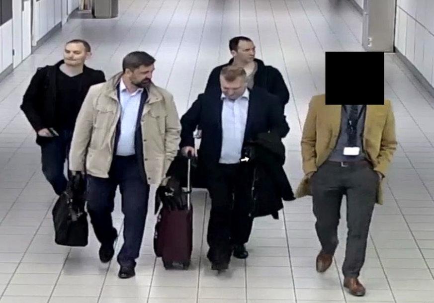 Įtariami GRU agentai Amsterdamo Schipolio oro uoste