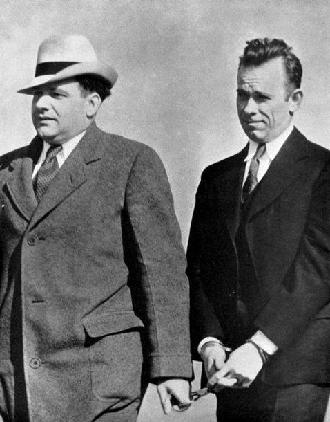 gangsteris Johnas Herbertas Dillingeris areštuotas 1934 m.