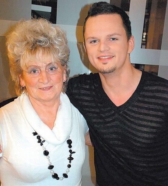 Ruslanas su močiute Zinaida