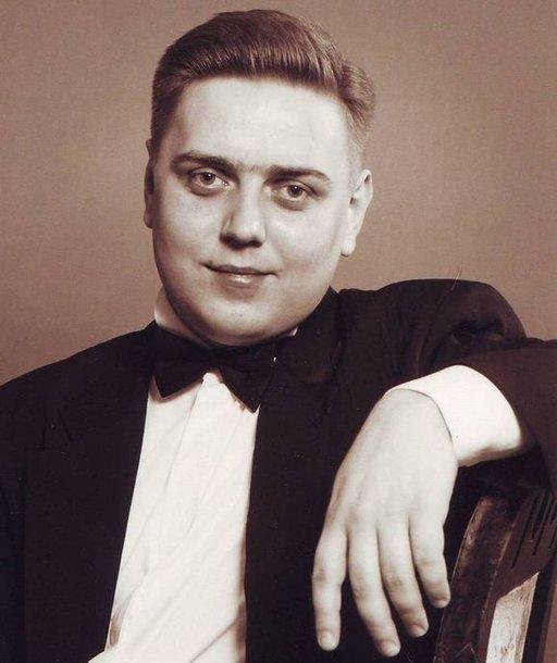 Pianistas Aleksandras Isakovas