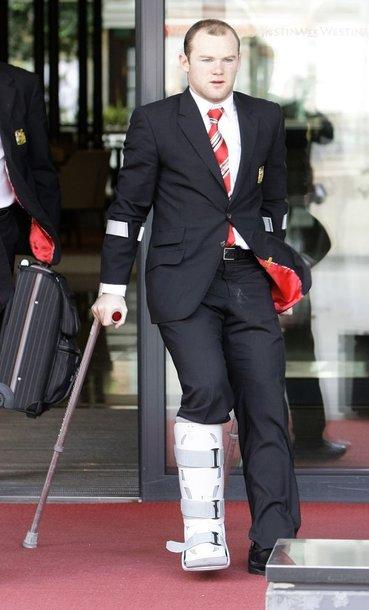 """W.Rooney negalės padėti """"Manchester United"""" ekipai svarbiausiuose sezono mačuose"""