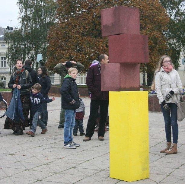 Klaipėdos centre surengta meninė akcija praėjo ramiai.