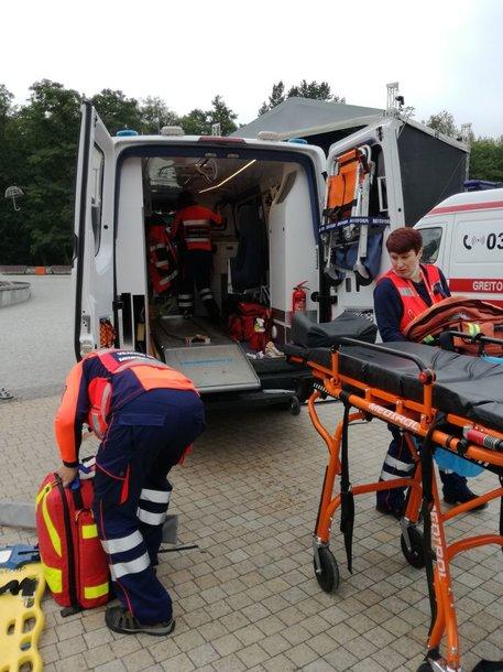 Greitosios pagalbos medikai Palangoje surengė žaidynes, kurių metu mokosi įvairiose situacijose gelbėti žmones.