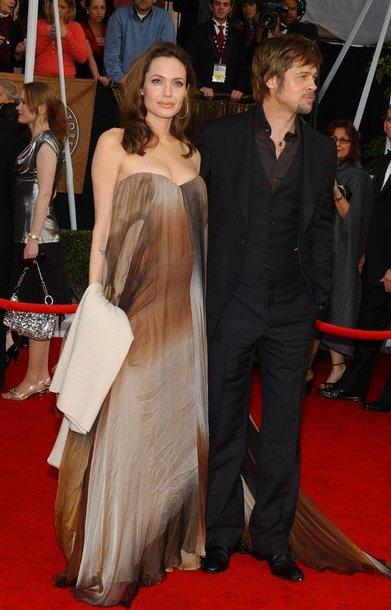 Foto naujienai: Angelina Jolie nėščia?