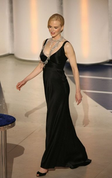 Foto naujienai: Besilaukianti Nicole Kidman nemeta sporto
