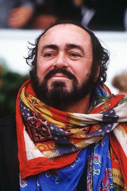 Foto naujienai: Pavarotti paskutinio koncerto metu tik žiopčiojo?