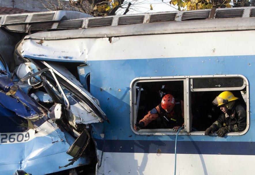 Buenos Airių prieigose įvyko skaudi traukinių avarija.