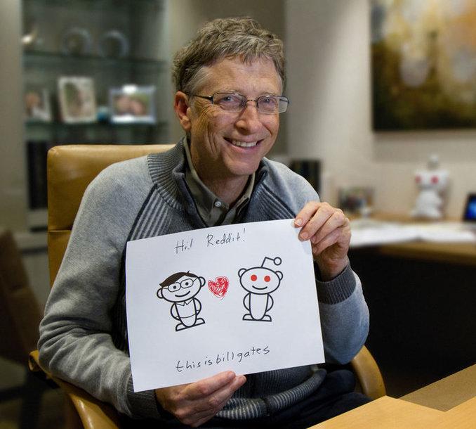 """""""Microsoft"""" įkūrėjas ir valdybos pirmininkas Billas Gatesas atsakinėjo į socialinio tinklo """"Reddit"""" lankytojų klausimus."""