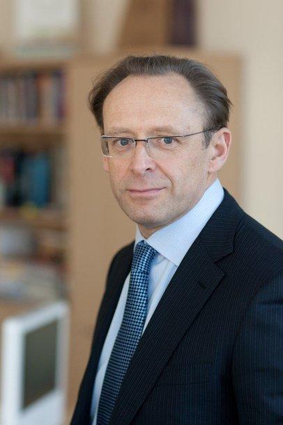 R.Alekna šiandien turėtų tapti naujuoju Vilniaus vadovu – bent taip numatyta tarybos posėdžio išvakarėse pasirašytuose valdančių frakcijų susitarimuose.