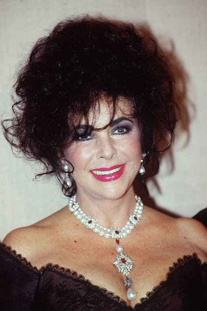 "Elizabeth Taylor priklausęs rubinų ir deimantų vėrinys su ""La Peregrina"" perlu"