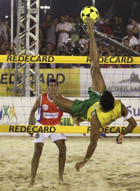 Pirmąjį istorijoje tinklinio kojomis pasaulio čempionatą laimėjo Paragvajus