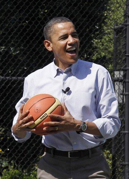 Barackas Obama yra didelis krepšinio mylėtojas