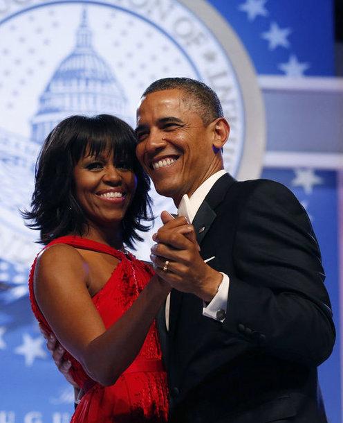 USA president Barack Obama ja ta abikaasa Michelle Obama tantsimas