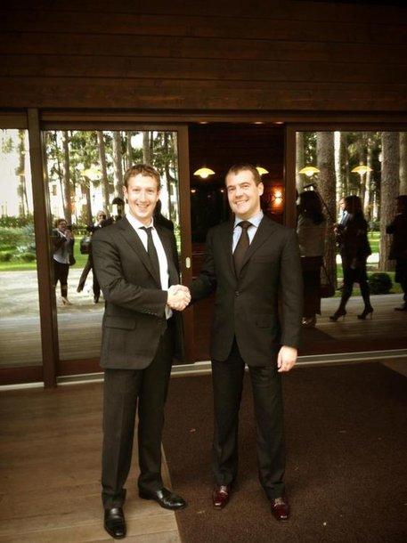 Дмитрий Медведев и Марк Цукерберг