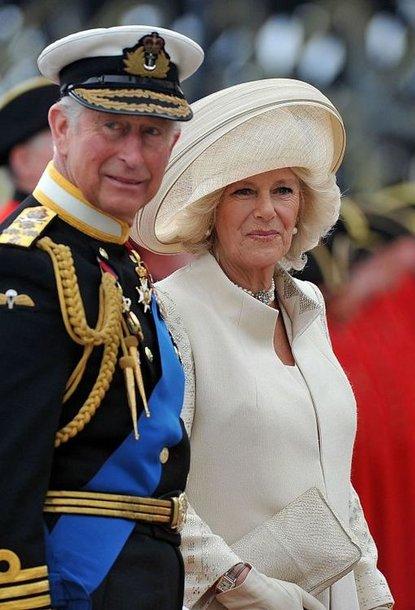 Sosto įpėdinis Charlesas su savo išrinktąja Camilla