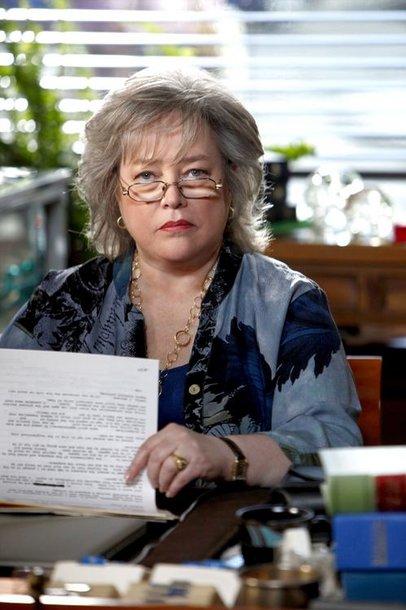 """Kathy Bates seriale """"Gyvenimas pagal Harietą"""""""