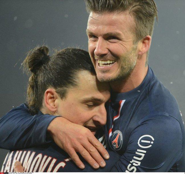 Davidas Beckhamas ir Zlatanas Ibrahimovičius po įvarčio – bendraklubių džiaugsmas