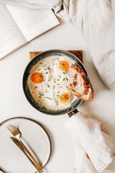 Pusryčių guru Gabrielė siūlo ypatingą ryto derinį: grietinėlėje kepti kiaušiniai