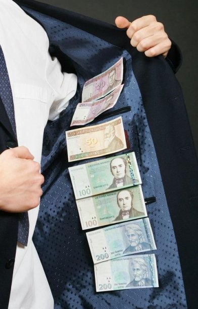 Pinigai švarke