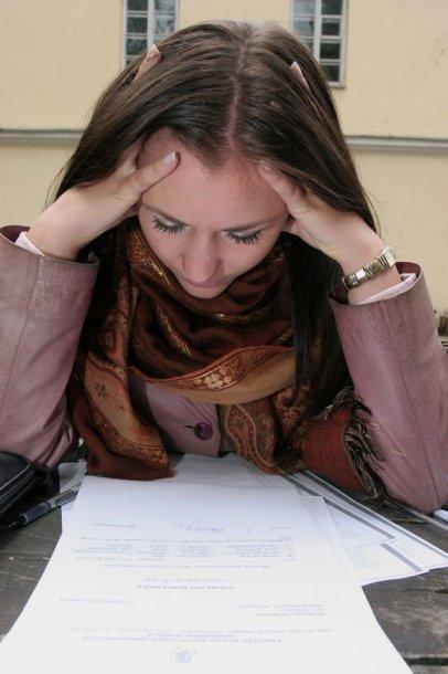 Bausmės gresia ne tik platinantiems, bet ir įsigyjantiems tarnybos paslaptimi laikomas brandos egzaminų užduotis.