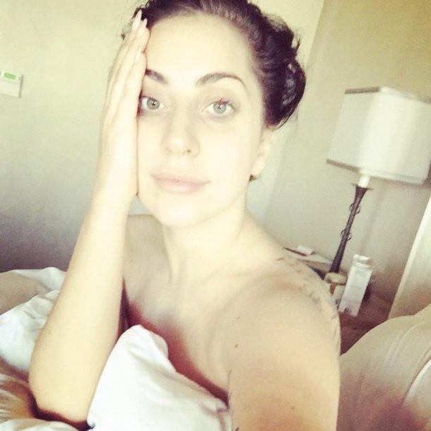 Lady Gaga be makiažo