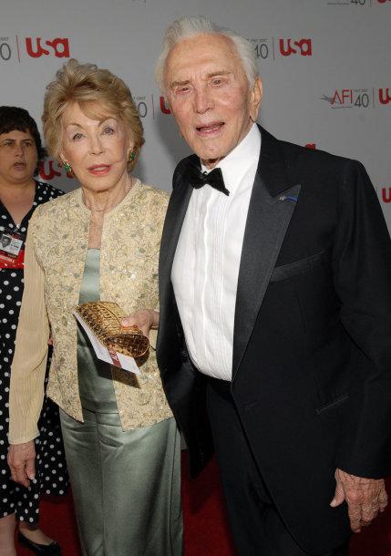 Anne ir Kirkas Douglasai