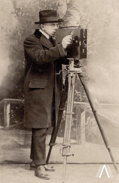 Kinematografijos pionierius Antanas Račiūnas. Apie 1910 m.