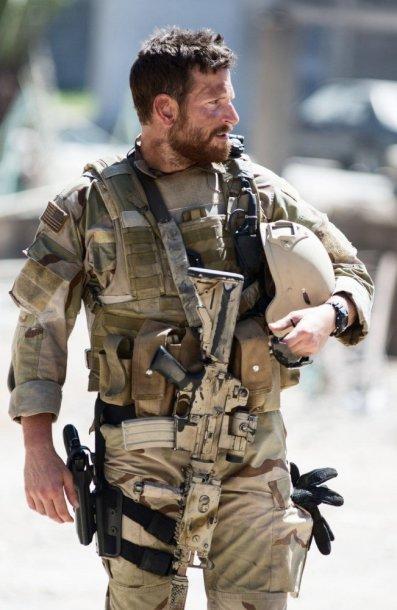 """Bradley Cooperis filme """"Amerikiečių snaiperis"""""""