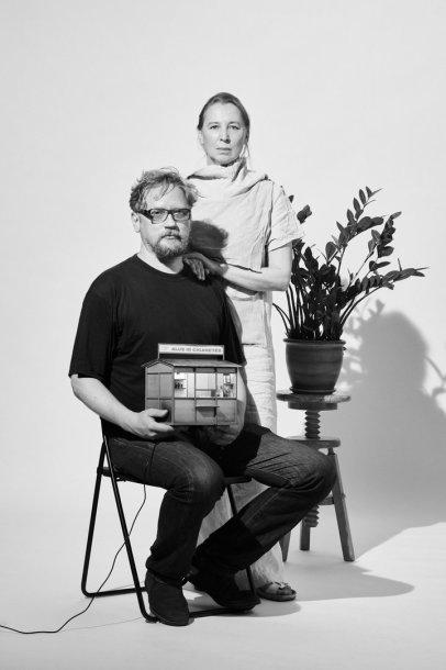 Lūkesčiai ir kitos prekės: Eglė Mikulionytė ir Liudas Parulskis