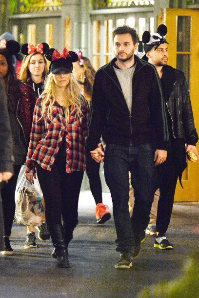 Christina Aguilera ir Matthew Rutleris Disneilande