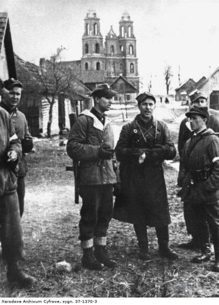 Armijos Krajovos kariai Turgeliuose 1944 m.